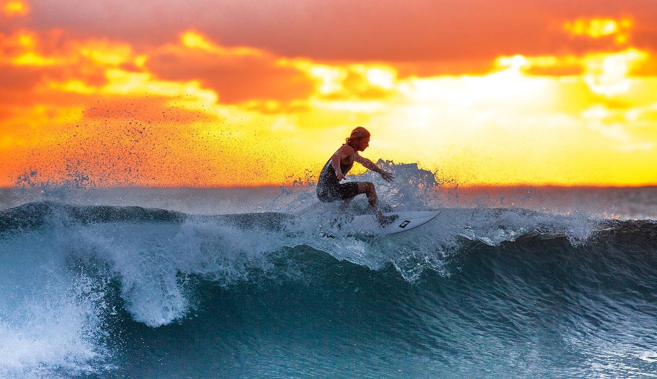 surfer-2212948_1280